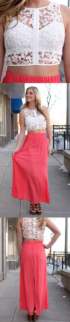 I love crop tops to the max! Tumblr Fashion, Urban Fashion, Fashion Looks, Beautiful Outfits, Cool Outfits, Summer Outfits, Maxi Skirt Crop Top, Fashion Ideas, Fashion Outfits