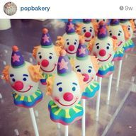 cool Clown cake pops