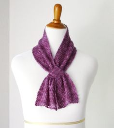 Now a free pattern! The yarn used is no longer in production, but you can substitute another.