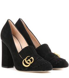 Schwarze Loafer-Pumps aus Veloursleder