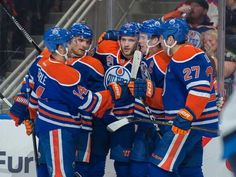 Player grades, Games Streaky Oilers competitive every game, but struggling to grind out wins Milan Lucic, Connor Mcdavid, Nhl Season, First Period, Edmonton Oilers, Hockey, Baseball Cards, Sports, St Louis
