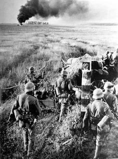 Nazi German soldiers crossing the USSR border on June 22, 1941.  #WorldWarII…