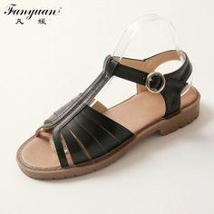 Fanyuan Flat Beach Sandals Women Shoes T Strap British Style 2017 Summer  Lady White Beige Black