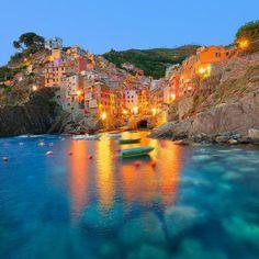 Riomaggiore - Cinque Terre. Photo courtesy of globaltouring on Instagram.
