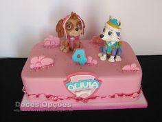 Doces Opções: A Patrulha Pata no 4º aniversário da Olivia Bolo Fresco, Chocolate, Toy Chest, Desserts, Spaniels, Food, Alice, Ideas, Sugar Free Cakes