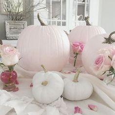 Fall bridal shower ideas decoration centerpieces white pumpkins 44 Ideas for 2019 Disney Halloween, Pink Halloween, Halloween Costumes, Baby Shower Fall, Fall Baby, Girl Shower, Pink Pumpkins, Fall Pumpkins, Bridal Shower Decorations