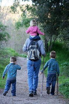 Such a great place to go hiking with kids: SomeTips and the Santa Margarita River Trail - Fallbrook, CA