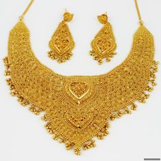 Indian Gold Jewelry | Gold jewelry has been in use since very ancient times. Especially in ...