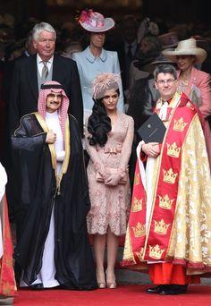 @Funaek -- this woman's hair is AMAZING.  Like true Disney Princess hair.  Prince Alwaleed bin Talal and Princess Ameerah