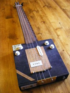 Submission Thread for 2011 Cigar Box Guitar Builders Challenge - Cigar Box Nation