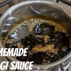 Sweet, savory, and full of flavor, this delicious Homemade Unagi Sauce is the dream sauce for the eel (unagi) and BBQ dishes! Sushi Recipes, Sauce Recipes, Asian Recipes, Homemade Sushi, Homemade Spices, Japanese Sauce, Japanese Food, Unagi Sauce, Essen