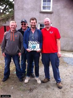 #RandomPicture Jamie on the wrap day of The Fall S2. More photos of Jamie filming @TheFallTV: http://jamie-dornan.org/gallery/index.php?cat=106 …