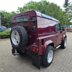 Great Colour!! #Defender #LandRover #OffRoad