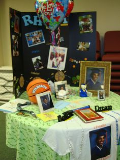 Graduation Table by Espino Family, via Flickr