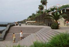 Correa + Estevez Arquitectura - Paseo Maritimo de Las Americas - Tenerife - Paisajismo Tenerife, Sidewalk, Santa Cruz, Architectural Firm, Landscaping, Walks, Architects, Teneriffe, Walkways