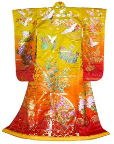 Kimono | Japanese traditional wedding kimono gown. Japanese vintage and antique ...