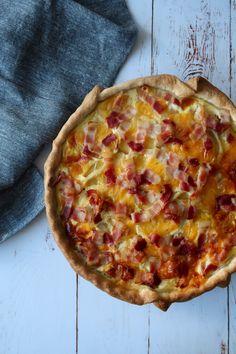 Tærte Med Kartofler, Skinke, Ost og Bacon Danish Food, Food Crush, Dinner Is Served, Everyday Food, Soul Food, I Foods, Italian Recipes, Meal Planning, Brunch