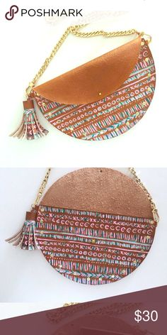 Boho Chic Aztec 100% Leather Crossbody!! Need a great summer bag!! This is it! From lilly and oak... 100% leather! Cute Aztec Print Crossbody!! Bundle and Save! Lilly and Oak Bags Crossbody Bags