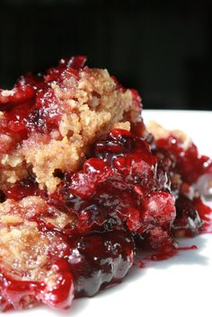Blackberry Crumble ~ 1 quart Blackberries, 3/4 cup Sugar, 1 tablespoon Vanilla Bean Paste, 1/2 heaping cup Oats, 1/2 heaping cup Flour, 1/2 cup Brown Sugar, 2 teaspoons Cinnamon, 1 stick Butter