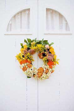A cheerful sunflower wreath to transition from summer to fall.