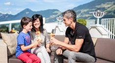 Noclegi w Austri, tania rezerwacja Austria, Spa, Wellness, Couple Photos, Couples, Best Ski Resorts, Ski Trips, Couple Shots, Couple Photography