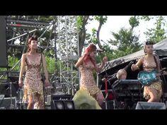 ▶ 봄맞이+비가 오거든 - 바버렛츠(The Barberettes) /[사운드홀릭페스티발 2015]/ 150530_@잠실종합운동장.MOV - YouTube