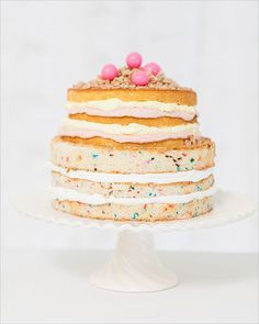 Pretty cake without all of the extra frosting- #FridayFavorites #LC #LaurenConrad