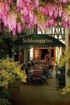 Schlossgarten. The German language does it again.