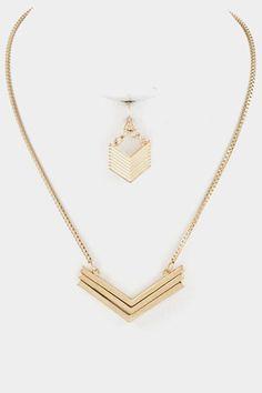 Gold Arrowstack Necklace - short