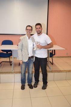 Premiação dos usuários que mais emprestaram livros durante a Semana do Livro e da Biblioteca 2015 Foto: Carlos Suetake