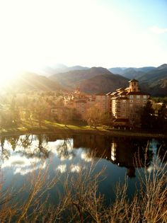 Nothing is better than having a wedding in Colorado Springs at the Broadmoor :)