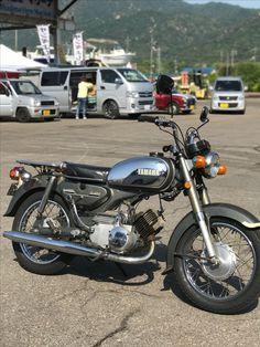 Yamaha 125, Old Skool, Cars And Motorcycles, Bike, Vehicles, Ideas, Stuff Stuff, Cars Motorcycles, Motorbikes
