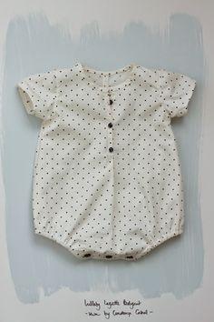 Gosto de ir mantendo o blog relativamente diversificado, mas ultimamente só me apetece coser! Já percebi que gosto muito mai...
