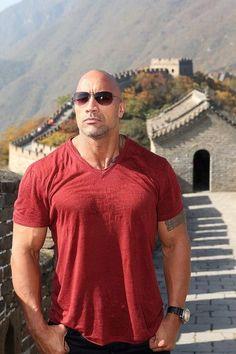 The Rock Dwayne Johnson, Rock Johnson, Dwayne The Rock, College Football Players, Workout Results, Star Wars, Raining Men, Look At You, Transformation Body