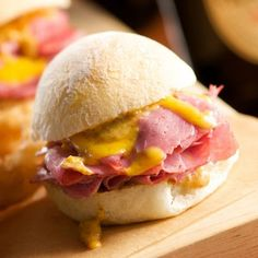 ♧Corned Beef And Irish Cheddar Sliders (1) From: Recipe, please visit