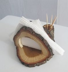Oak Wood Napkin Holder Wooden Napkin Stand and Toothpick Holder Rustic Kitchen Rustic Oak Wood Napkin Holder Wooden Napkin Stand and The post Oak Wood Napkin Holder Wooden Napkin Stand and Toothpick Holder Rustic Kitchen appeared first on Wood Ideas. Rustic Napkin Holders, Rustic Napkin Rings, Rustic Napkins, Rustic Wood Crafts, Condiment Holder, Wood Lamps, Wood Ornaments, Rustic Kitchen, Wood Projects