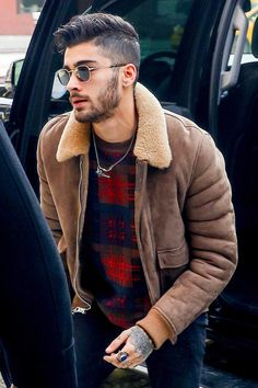 Zayn Malik - Man in Sheepskin Shearling Jacket