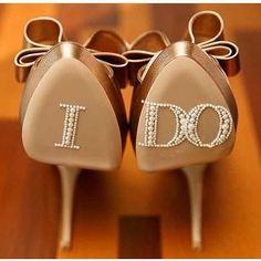 Prop up your wedding accessories.  @engagedtodetails #wedding #bride #bridalaccessories #props #wedidngprops