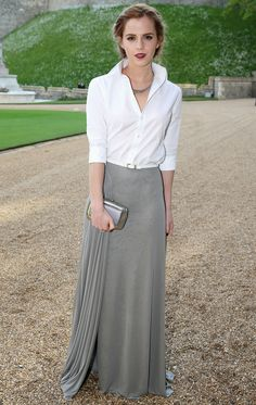 Emma Watson in Ralph Lauren Collection. No one can pull off Ralph Lauren like Emma Watson. Style Emma Watson, Ema Watson, Emma Watson Outfits, Emma Watson Fashion, Emma Watson Casual, Emma Watson Makeup, Emma Style, Street Mode, Street Chic