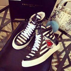 c24ebdd25d Philipp shark pattern leather sneakers