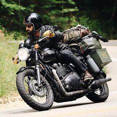 Weekend mode. #ForTheRide #TriumphMotorcyles #Bonneville #TriumphClassics : @yohann_gauthier  #bikesofinstagram #bikersofinstagram #superbikes #motorcyclesofinstagram #bikestagram #motorcyclesstagram #instamoto #instabikes #motorcycles #bikes #triumphindia