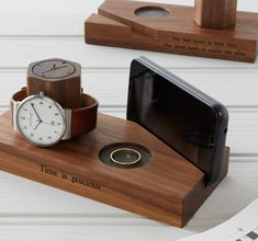 You can personalize this walnut bedside unit with a message for your loved ones. It contains a watch holder space for any rings or jewellery and a phone holder for easy charging. Watch Holder, Wooden Watch, Phone Stand, Wooden Crafts, Diy Wood Projects, Woodworking Projects Plans, Woodworking Videos, Woodworking Shop, Organizer