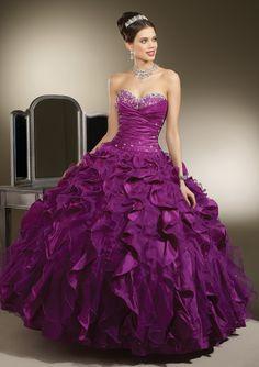 Attractive sleeveless ball gown Quinceanera dress