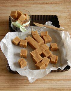 Oh so easy peanut butter fudge / Fudge de amendoim facílimo