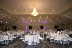 We love how the natural elegance of this recent summertime wedding made our Grand Ballroom glow! Photo: Krista Patton Photography