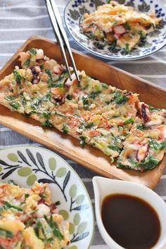 茹でダコの食感と、桜えびの香りがたまらない!タレは、コチュジャン、オイスターソース入りのゆずポン酢のタレで!ビールにあうおつまみです! Bruschetta, Vegetable Pizza, Vegetables, Cooking, Breakfast, Ethnic Recipes, Foods, Drinks, Kitchen
