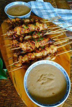 Easy Chicken Satay Recipe from The Londoner My Recipes, Asian Recipes, Cooking Recipes, Favorite Recipes, Buffet Recipes, Recipies, Asian Foods, Recipes Dinner, Pollo Satay