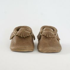 Weathered Brown - Moccasin by Freshly Picked #babymoccs #freshlypicked #moccasins