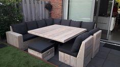 Grey Furniture, Pallet Furniture, Furniture Makeover, Outdoor Furniture Sets, Furniture Design, Deck Design, House Design, Cozy Patio, Desks For Small Spaces