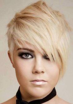 Light blonde asymetric pixie